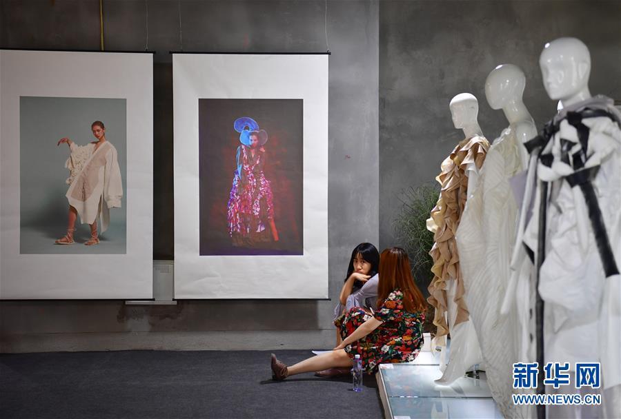 西安美术学院毕业生作品展风采