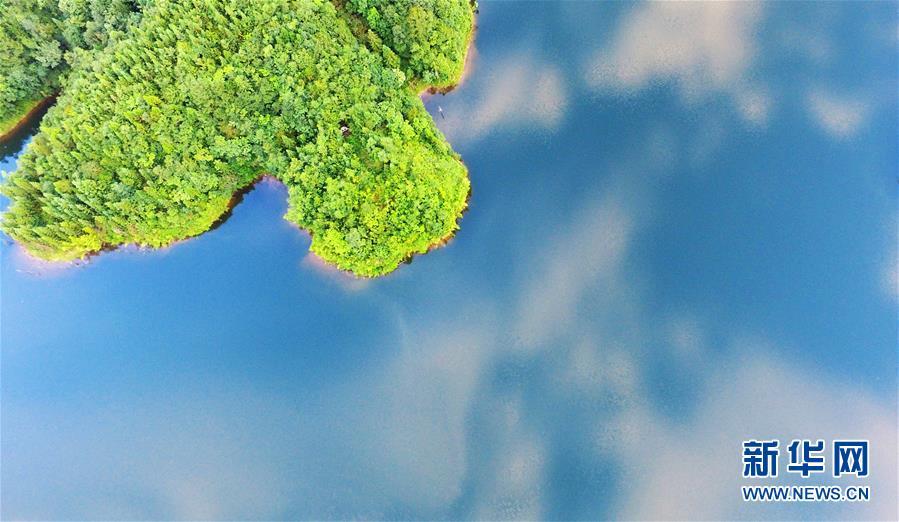 太阳湖风光旖旎