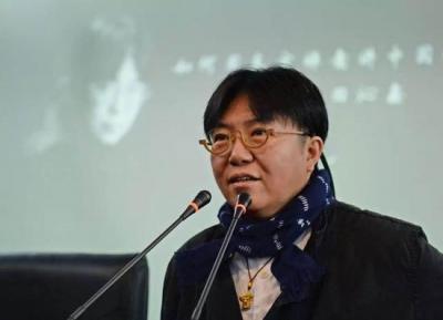 田沁鑫:导演是要有戒律的,让演员谈恋爱,自己不能动情
