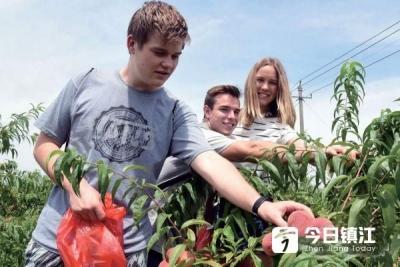 美国中学生在镇江感受中国乡村生活