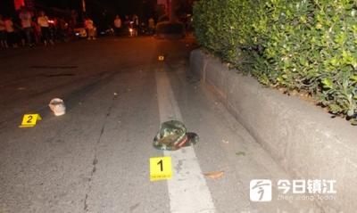 丹阳一男子酒驾撞死行人开车逃跑后竟然在车里睡着了