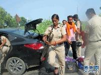 印度骚乱地区局势仍然紧张