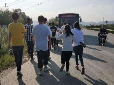 师生称镇江大学城附近公交线路少 公交总公司:近期改进