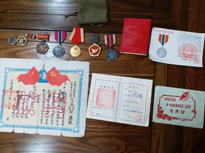 丹阳先烈遗孀捐献11件珍贵革命历史文物