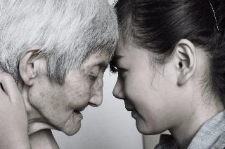 47年前将最年幼儿子送人得活命,镇江老太病榻上盼着一家团圆
