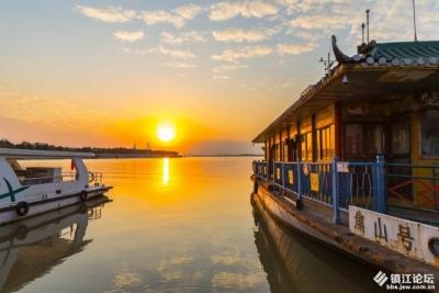 """坐了几十年的船,现在可以换种方式欣赏江中""""浮玉""""了"""