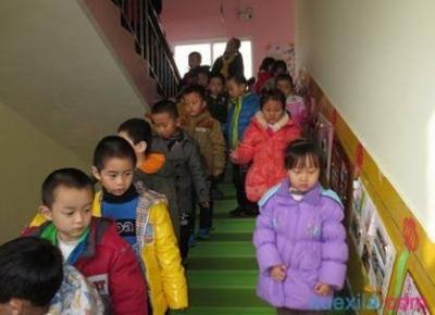 为了孩子们的安全,省政府出台文件部署加强中小学幼儿园安全风险防控体系建设