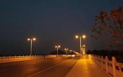 政协聚焦   美丽夜景不应忽略节能环保