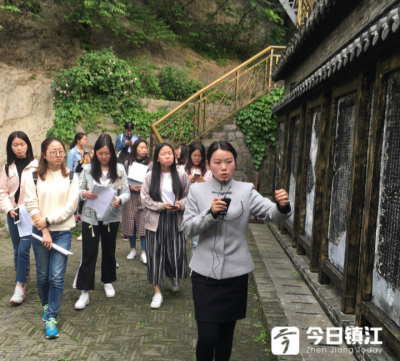"""西津渡景区备战""""五一"""": 双语讲解志愿者团队训练忙"""