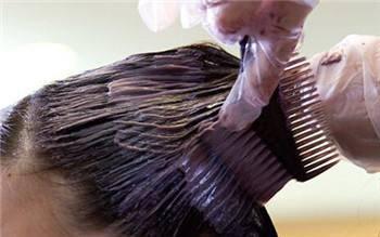 警惕染发化妆品不良反应,爱染发的小心了