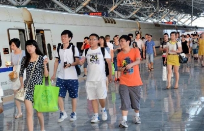 暑运期间  镇江预计发送旅客202.1万人次