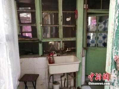 """三十七万一平米的房子长啥样?不妨跟记者去看一看北京这套""""天价平房"""""""