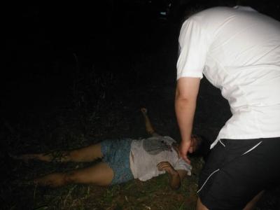 女子晚上五楼坠下,撞上晾衣架救命