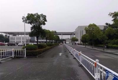 不用担心停车扣分了 丹阳这三地新增出租车专用车道