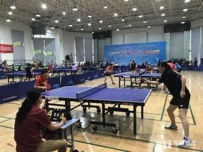 """乒乓球""""千台万人""""打响总决赛 决出8组冠军"""
