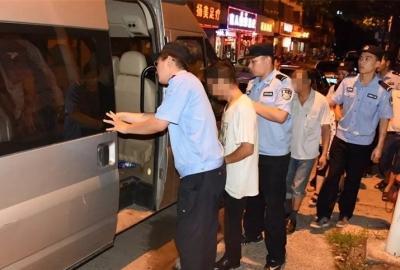 丹阳警方连夜查获涉嫌传销人员99人,捣毁传销窝点11个
