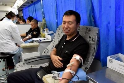 丁卯街道举行无偿献血活动