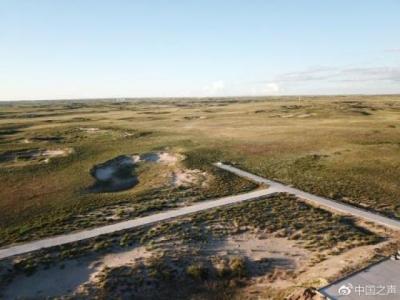 呼伦贝尔草原建起垃圾场殡仪馆 回应:进一步调查