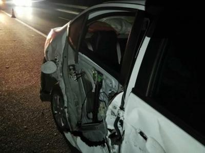 宝宝生病送医忙救治,疲劳驾车返家途中打瞌睡发生交通事故