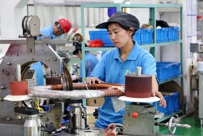 """美媒:中国市场日新月异 国外品牌仅靠""""显摆""""难分蛋糕"""