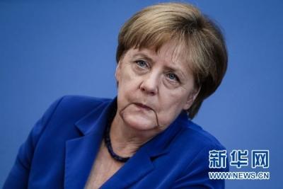 德国执政党内争斗激化 默克尔:我们好着呢