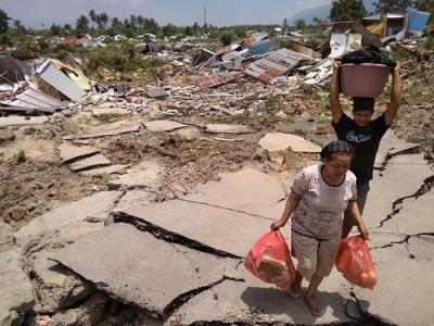 关注 | 印尼强震及引发的海啸伤亡惨重 死亡人数升至832人