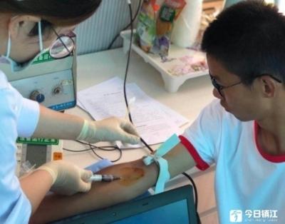 20年累计近40万人次无偿献血  在镇江,献血是份有特殊情怀的纪念方式