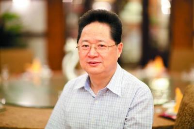 致敬改革者吴荣生:不忘初心四十年  打造镇江餐饮的城市名片