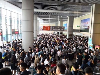 国庆长假镇江市公路安全发送旅客达55.5万人次