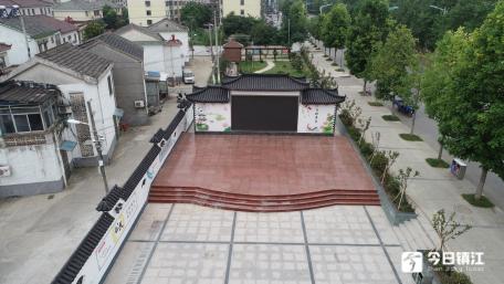 华阳街道北阳门广场建成投入使用