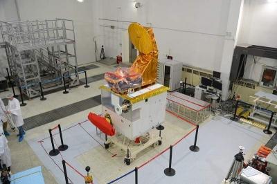 今天,中法合作研制的首颗卫星成功发射!