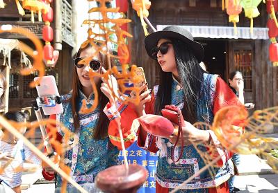 七天总接待游客超20万人次  宝华山用民俗文化讲好景区故事