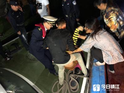 两船船员斗殴 吓倒两名孕妇 镇江海事公安伸援手紧急送医
