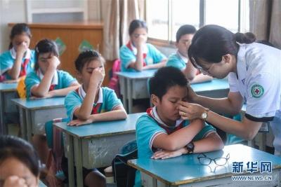 救救孩子!预估全国近视中小学生超过1亿...