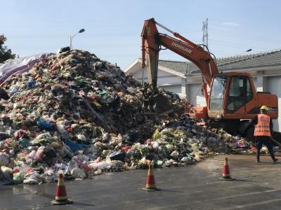 市领导调研生活垃圾处置情况