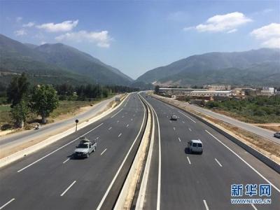 大广高速河南平舆段发生28辆大货车连环相撞事故 已知3人死亡