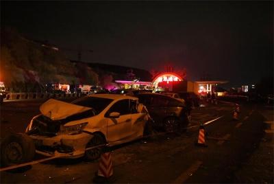兰州多车相撞事故原因:驾驶人频繁采取制动致制动失败