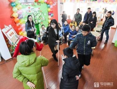 """镇江为社区社会组织发展""""助燃"""" 到2020年,农村社区平均不少于5个"""