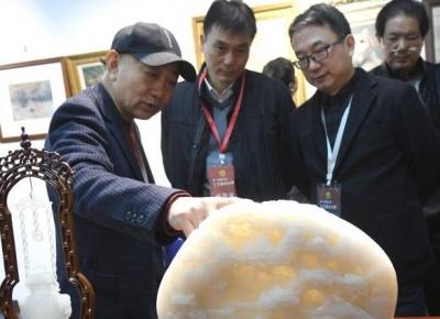 镇江举办首届工艺美术大师评审会