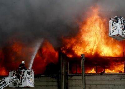 昆明一社区突发火灾致8死3伤