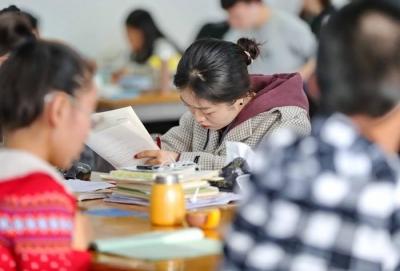 电子科技大学回应考研试题偏差:统一补考并严肃追责