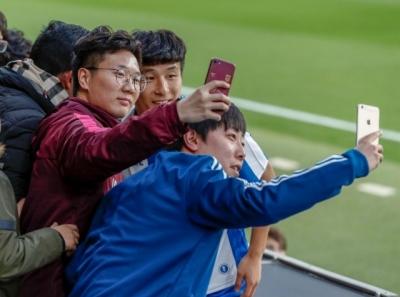 """""""武球王""""亮相西班牙人:希望让世界看到中国球员能在五大联赛立足"""