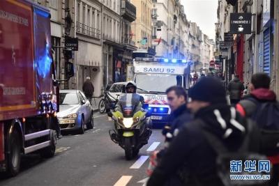 巴黎8000人再度走上街头抗议 民众对示威评价两极