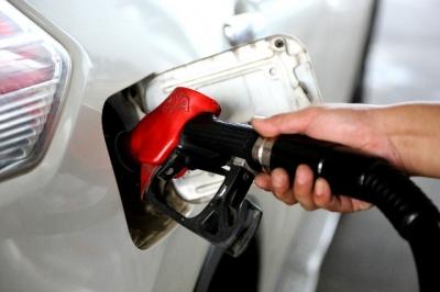 """汽油、柴油价格""""两连涨"""""""