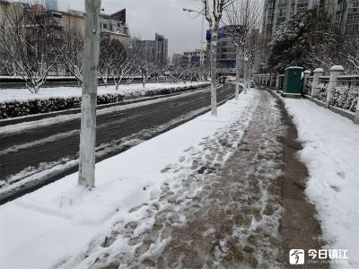 暴雪今夜又来了!暴雪+道路结冰,江苏双预警凶猛来袭!
