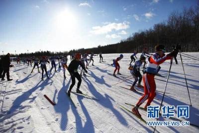 亚洲首座四季全天候越野滑雪场在吉林市投入使用