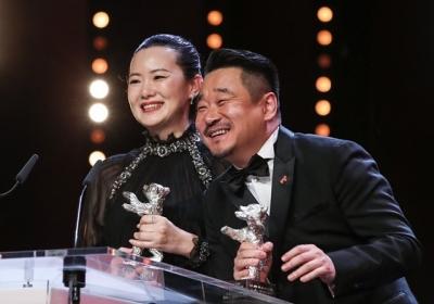 恭喜!《地久天长》柏林电影节包揽最佳男女演员银熊奖