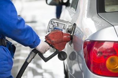 """国内油价将迎年内首个""""四连涨"""" 或创今年来最大涨幅"""