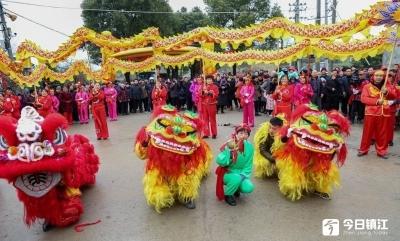 500多名张姓族人齐聚句容 舞龙狮舞镗闹元宵