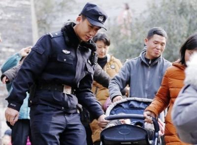 日均投入警力2900余人次,只为镇江过个平安幸福年